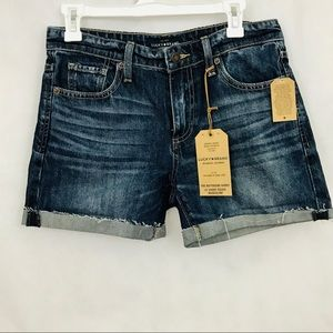 "Lucky Brand ""The boyfriend short"" NWT size 0"